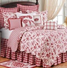 Devon Cranberry Quilt-I could live with this too, all year round. I'd love a red… Yatak odası – home accessories Bedroom Red, Cozy Bedroom, Bedroom Decor, Bedroom Colors, Girls Bedroom, Estilo Country, Country Style, Country Decor, French Country Bedrooms