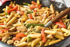 Chicken and Peppers in White Sauce is a delicious dinner! The sauce has a surprise ingredient in it that you just won't believe ! Chicken Recipes Video, Healthy Chicken Recipes, Pasta Recipes, Cooking Recipes, Healthy Foods, Cabbage Side Dish, Chicken Chunks, Garlic Butter Chicken, Sauteed Vegetables