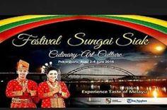 Sejumlah Bule Ikut Permainan Tradisional Melayu di Festival Sungai Siak