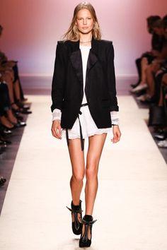 Fashion Friday: Babados! | CBBlogers