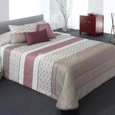 Edredón Jacquard FORBES Reig Martí Bed Cover Design, Home Furnishings, Couple Room, Bedding Set, Bed Sheets, Bed, Bedroom Decor, Bed Linen Sets, Bedroom