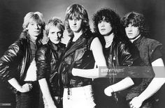 British rock band Def Leppard. From left to right: Steve Clark, Rick Savage, Joe Elliott, Pete Willis and Rick Allen.  (Photo by Hulton Archive/Getty Images)