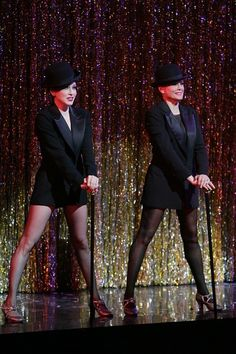 The Original Velma Kelly and Roxie Hart in the hit musical CHICAGO! Bebe Neuwirth and Anne Reinkin