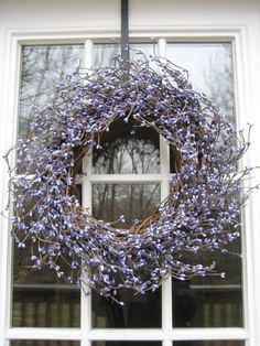 English Lavendar Wreath so lovely with vintage wedding decorations for reception or ceremony.