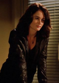 Fancasting: Robin Tunney as Violet (Storywise)