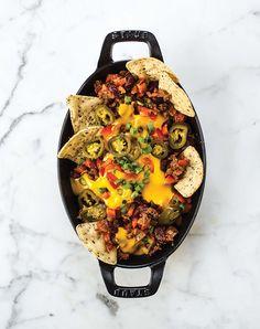 Oh She Glows vegan nachos with chili cheese - Chatelaine