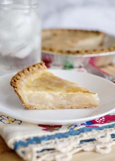 Water Pie is a depression era recipe that turns the simplest of ingredients into a delicious buttery pie! The primary ingredient is WATER! Pickle Pie Recipe, Water Pie Recipe, Recipe Tin, Depression Era Recipes, Just Desserts, Dessert Recipes, Fudge Pie, Cream Pie Recipes, Soul Food