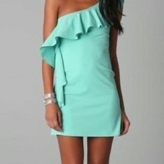 Teal dress for brides maids ideas.. Love this just wish it wasn't a one sleeve