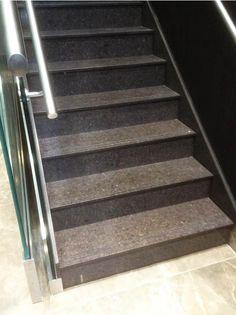 Wählen Sie unter dem eindrucksvollen Sortiment Ihren persönliche #Granit #Treppen aus. http://www.treppen-deutschland.com/granit-treppen-moderne-granit-treppen