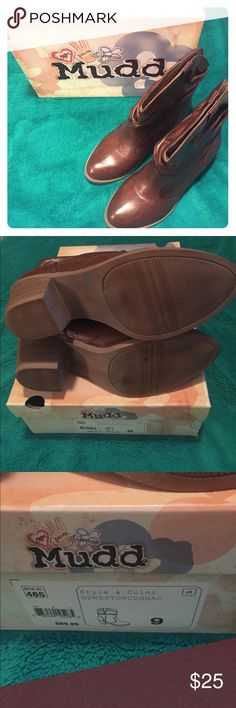 "Mudd MD Weston Cognac Boots Like New - Mudd MD Weston Cognac Boots Size 9, 1.5"" heel - fully lined, no scratches. Mudd Shoes Heeled Boots"