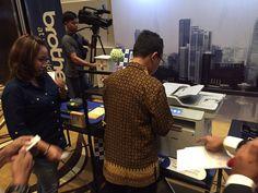 Ini suasana para undangan saat sedang mencoba mesin printer kami, yang dilengkapi dengan NFC (Near Field Communication) Card. NFC sistem ini bisa mengurangi guess-work mesin printer, sehingga #Brother and #Sister bisa print dengan lebih cepat. #print #scan #fax #copy #printer #brotherprinter #tagsforlikes #picoftheday #brotherhood #sisterhood #brotherindonesia #always #atyourside #brother #brozone #vscocam #like4like #product #easy #Brother #Indonesia #AtYourSide #PrinterBrother #launching…
