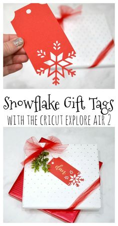 These snowflake gift tags are a gorgeous addition to any package and you can create them so quickly and easily! Cricut Christmas Ideas, Noel Christmas, Diy Christmas Gifts, Christmas Projects, Holiday Crafts, Xmas, Christmas Stockings, Christmas Tables, Modern Christmas