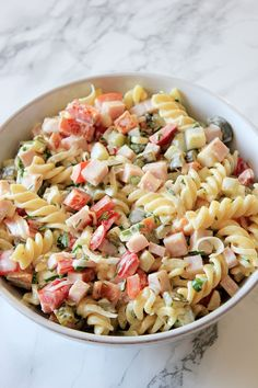 Tomato Basil and Mozzarella Galette - Keto Recipes Wine Recipes, Keto Recipes, Big Meals, Cooker Recipes, Mozzarella, Pasta Salad, Food Porn, Food And Drink, Favorite Recipes
