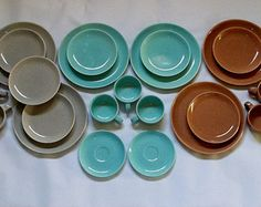 1950s Speckled Laurel of California Mid-Century Dinnerware 26 Piece Lot (Blue,Red Grey) Pastel