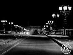 Sur le pont de pierre à #Bordeaux, #France / #BDXLIVE