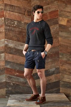 See the complete Michael Bastian Spring 2015 Menswear collection.