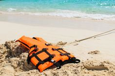 "There's a Reason Why They Call Them Life Jackets! - ""As a matter of fact, a life jacket should be the first thing you buy if you spend any time on the water. Boat Safety, Save Life, Life Jackets, Sports, Travel, Water, Hs Sports, Gripe Water, Viajes"