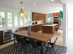 Contemporary kitchen with large eat-in dining area