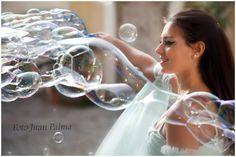 """""""Sogno d'amore"""" performance con bolle di sapone giganti..."""