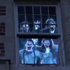 Halloween Outside, Halloween House, Halloween 2020, Holidays Halloween, Halloween Diy, Happy Halloween, Outdoor Halloween, Halloween Projects, Halloween Halloween