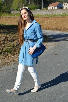 VESTIDO DENIM #blue #outfit #look #entretiempo #blanco #denimdress #white #streetstyle #casual #ideas #flats #luztieneunblog