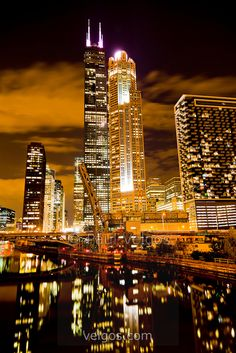 MG-0284-Chicago-Night-Willis-Sears-Tower.jpg 574×860 piksel