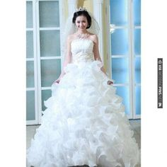 True princesss wedding dresses | VIA #WEDDINGPINS.NET