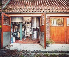 Blaugies farmhouse brewery attached to the family home on a quiet road in the Belgian country side. Foto por Brew Bokeh.