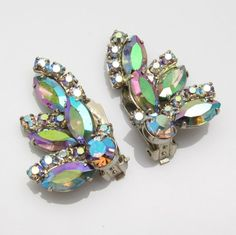 Rhinestone Earrings, Vintage Rhinestone, Statement Earrings, Purple Daisy, Blue, Glitz And Glam, Vintage Costumes, Bracelet Watch, Jewelery