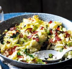 Best ever bubble and squeak. If youre not a meat-eater this yummy dish tastes just as delicious without the bacon. Cabbage, onion and bacon mashed together with potato. Scottish Recipes, Irish Recipes, Vegetarian Recipes, Cooking Recipes, Healthy Recipes, Vegetable Recipes, Asda Recipes, Uk Recipes, Vegetables