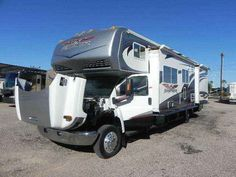 2008 Used Thor Motor Coach Fun Mover WEEKEND WARRIOR RWM3400 Class C in Arizona AZ.Recreational Vehicle, rv, 2008 Fun Mover WEEKEND WARRIOR RWM3400 AWESOME 2008 WEEKEND WARRIOR RWM 3400, TRIPPLE SLIDE, 6.6 L DURAMAX DIESEL WITH ONLY 30,456 MILES AWESOME 2008 WEEKEND WARRIOR RWM 3400, TRIPLE SLIDE, 6.6 L DURAMAX DIESEL WITH ONLY 30,456 MILES. It is the perfect RV for your family, and friends - everyone fits with room to spare in this 34 FOOT SUPER C R.V. it is your perfect choice for family…