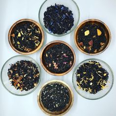 Excited to share this item from my shop: Flavored black and green loose tea gift set. Nettle Tea Benefits, Flavoured Green Tea, Tea Etiquette, Vegan Teas, Tea Gift Sets, Tea Brands, Tea Companies, Tea Tins