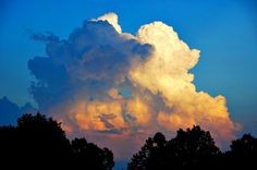 Maxfield Parrish Clouds at My Cottage | Content in a Cottage.  they look EXACTLY like maxfield parrish clouds.  and i so love maxfield parrish.
