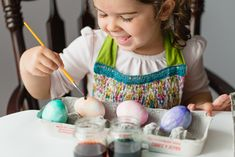 WatercolorEggs- genius way to have kids decorate eggs