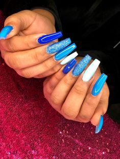 Looking for easy nail art ideas for short nails? Look no further here are are quick and easy nail art ideas for short nails. Bling Acrylic Nails, Acrylic Nails Coffin Short, Simple Acrylic Nails, Square Acrylic Nails, Best Acrylic Nails, Coffin Nails, Blue Glitter Nails, Matte Nails, Black Nails