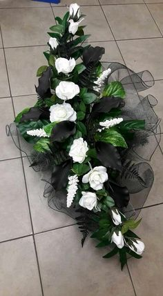 Idea Of Making Plant Pots At Home // Flower Pots From Cement Marbles // Home Decoration Ideas – Top Soop Casket Flowers, Grave Flowers, Cemetery Flowers, Church Flowers, Big Flowers, Dried Flowers, Funeral Floral Arrangements, Large Flower Arrangements, Christmas Arrangements