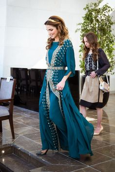 Queen Rania Teal Dress at Great Arab Revolt Celebration 2016 | POPSUGAR Fashion