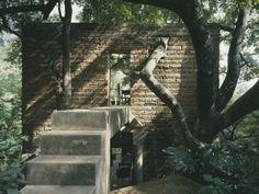 La Casa del Ojo de Agua, Tepotzlan, Mexico, Ada Dewes and Sergio Puente, 1990