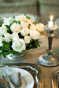 Floral Arrangement ~ Old silver & white roses White Roses, White Flowers, Beautiful Flowers, Simply Beautiful, Grand Art, Vibeke Design, Beautiful Table Settings, Rose Cottage, French Cottage