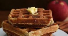 Low Carb Apple Cinnamon Waffles