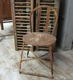 rusty metal chair Petticoat Junktion junkin' trip