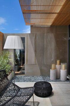 Perfect home - Casa Cor 2013 by Gisele Taranto Architecture / Rio de Janeiro, Brazil Outdoor Patio Designs, Pergola Designs, Modern Patio, Pergola Kits, Outdoor Rooms, Outdoor Living, Outdoor Decor, Indoor Outdoor, Gazebos