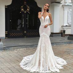 Love This Gorgeous Mermaid Style Fler Crystaldesign Musthave Weddinglook Weddingblog