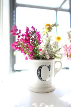 A simple yet thoughtful gift for your bridesmaids. Recreate the look with a Threshold Mug.