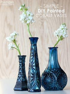 I definitely have some plain vases that could use a pick-me-up! DIY Cobalt Painted Glass (video tutorial) ~ Madigan Made { simple DIY ideas } - thrifted cut glass vases, blue glass paint mixed with a bit of black enamel paint Bottles And Jars, Glass Bottles, Glass Vase, Cut Glass, Mason Jars, Jar Crafts, Bottle Crafts, Painting Glass Jars, Glass Paint