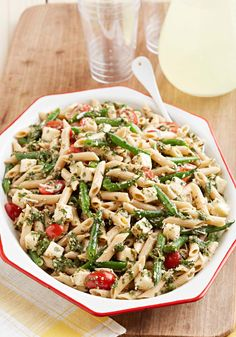 Pesto-Pasta with Green Beans – Homemade pesto brings your cold pasta and green salad game to the next level. Get out the basil, pecans and garlic, and try this recipe yourself.