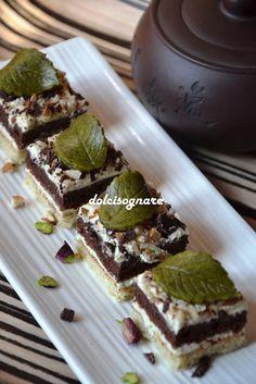 DOLCISOGNARE: Cubi al pistacchio e cioccolato