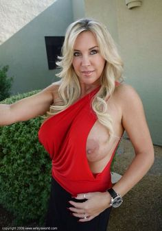 big red Wifey tits