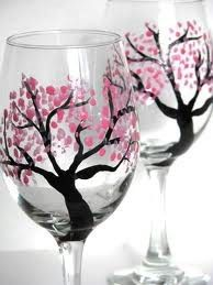 Painting wine glasses.... i love this one!