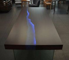 kasparo amazing table with resin and led technology – - Epoxy Resin Wood Resin Table, Epoxy Resin Table, Table Cafe, Diy Table, Resin Furniture, Furniture Design, Furniture Movers, Furniture Ideas, Wood Table Design